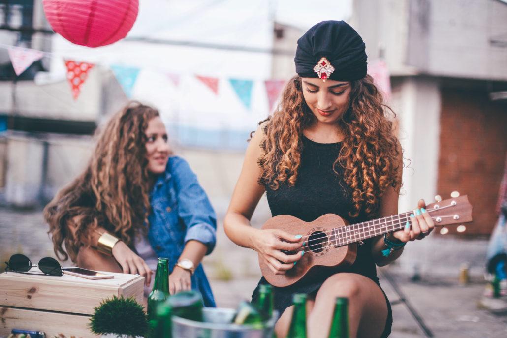 Ukuleleundervisning, ukuleletimer, ukulelekurs, ukulele lærer, lære å spille ukulele, musikk og kulturskole i Oslo og Bærum, barn ungdom og voksne
