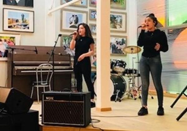 Sangundervisning, sangtimer, sangkurs, sanglærer, lære å synge, musikk og kulturskole i Oslo og Bærum, barn ungdom og voksne